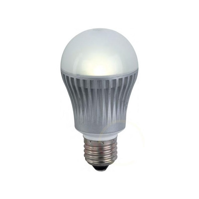 In futuro queste lampadine sostituiranno lampade a for Lampadine led watt