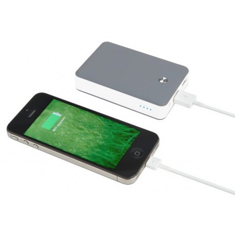 Solar Powerbank with battery to charge up to 5 iPhones outdoor