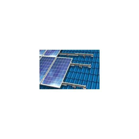 Sistema fotovoltaico completo per tetto da 8000 Watt batteria 7.7 kWh